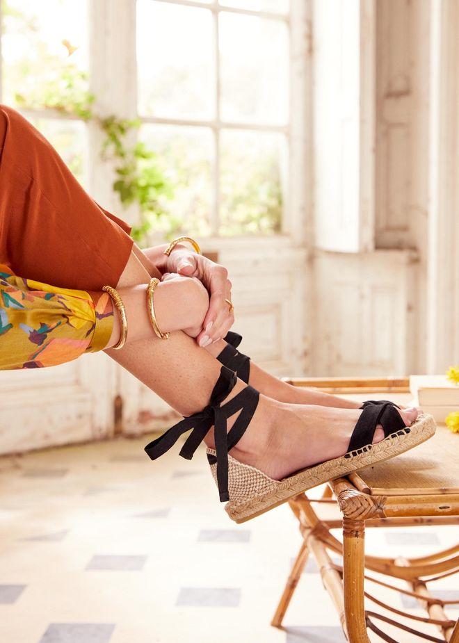 Sandalen von Sézane, 85 €