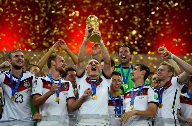 Die größten Highlights & Skandale der WM-Geschichte
