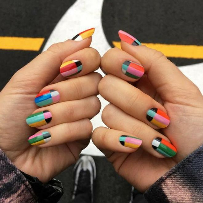 Color block: la nail art geometrica è la tendenza della primavera estate!