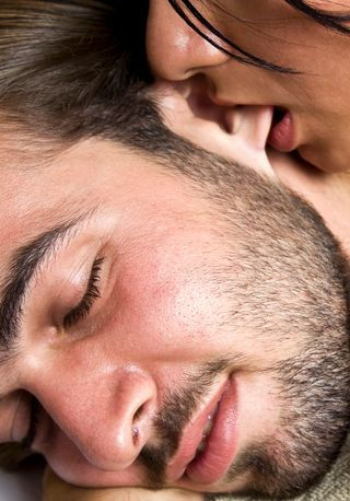 Comment faire plaisir à votre partenaire... sans les mains