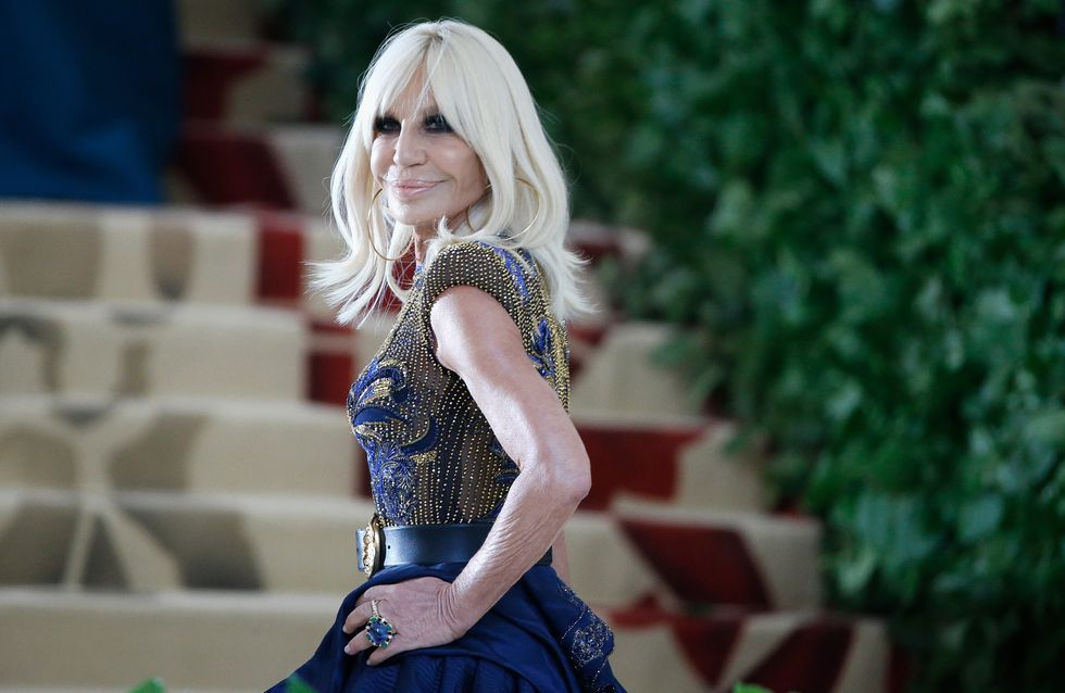 Donatella Versace: the designer, with friends, who revolutionised the fashion world