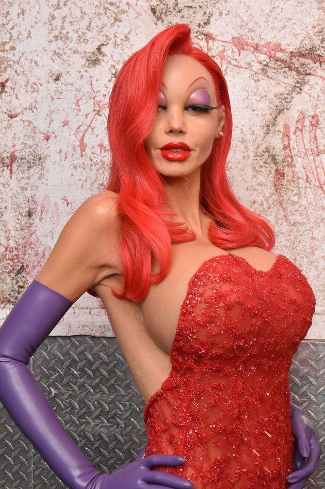 Halloween: ispirati ai costumi più pazzi delle star!