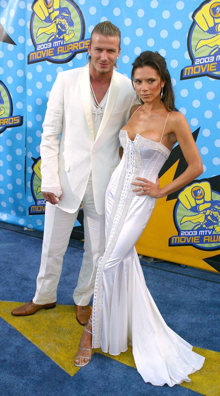 Le star di Hollywood ieri e oggi: ritorno sul red carpet, Victoria Beckham nel 2003