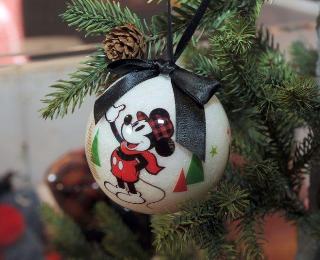 Une jolie décoration de Noël Disney