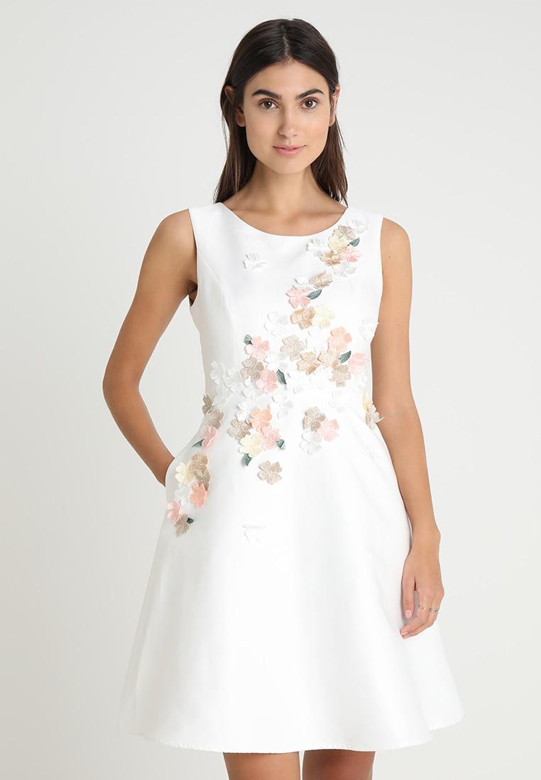 Welches Kleid fürs Standesamt? Die schönsten Standesamt-Kleider