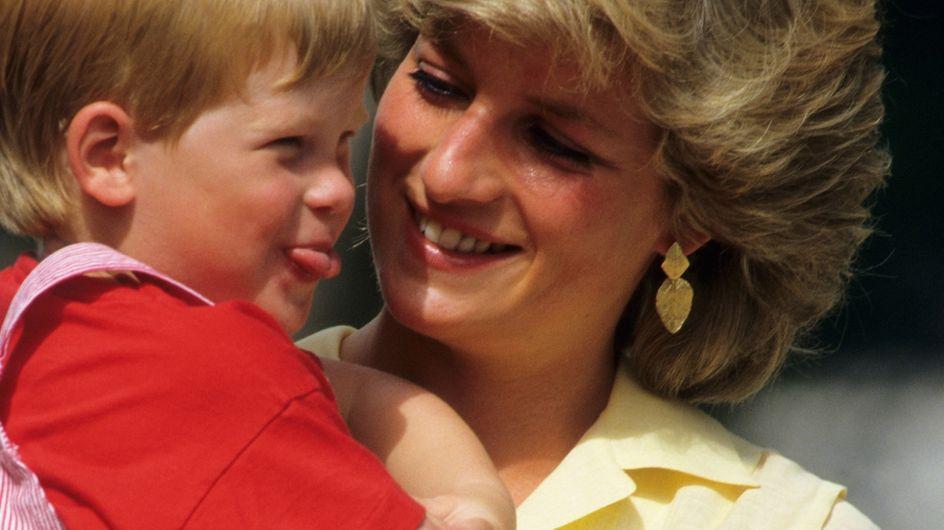 La tenerezza di Lady Diana o la serietà del principe Carlo: che padre sarà Harry?