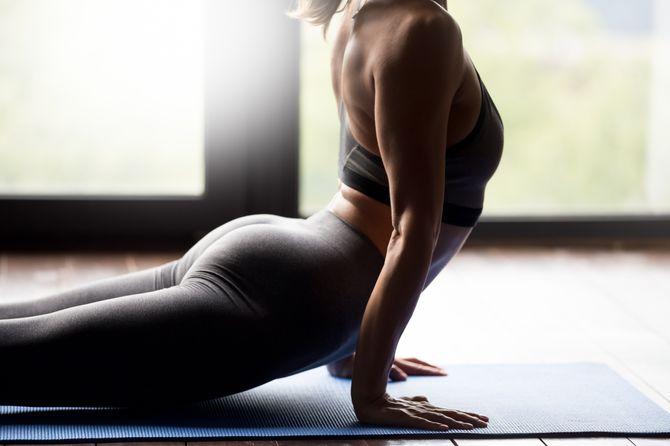 Yoga et fitness :  le top des exercices pour nos fesses