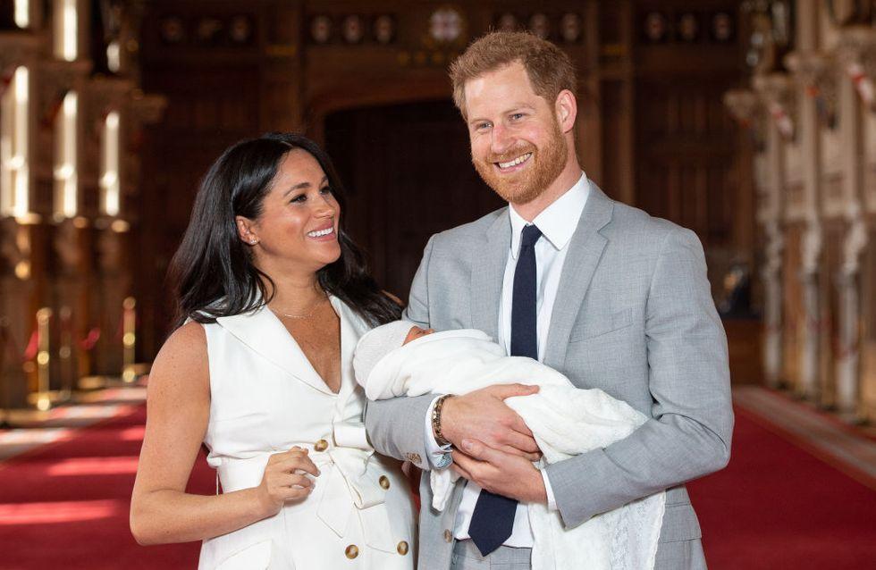 Meghan e Harry ci fanno conoscere il piccolo royal baby: ecco le prime foto del Baby Sussex!