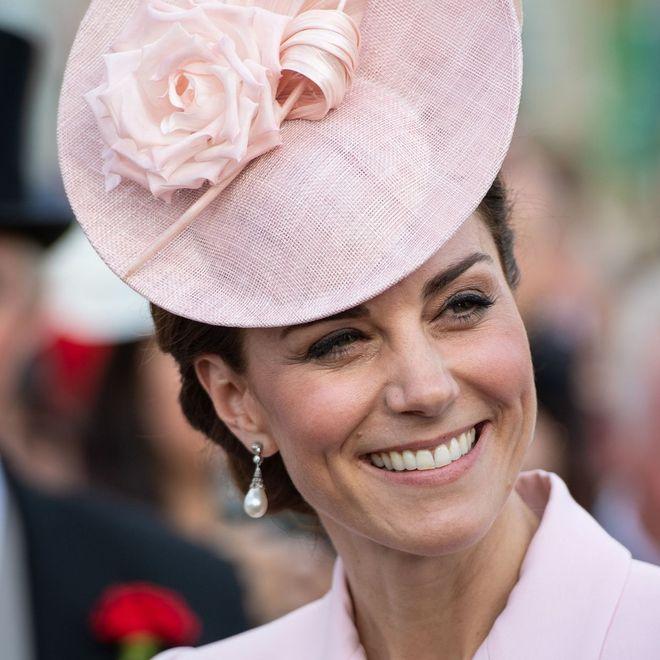 Un tè con la regina e Kate Middleton: è ufficialmente iniziata la stagione dei Garden Party