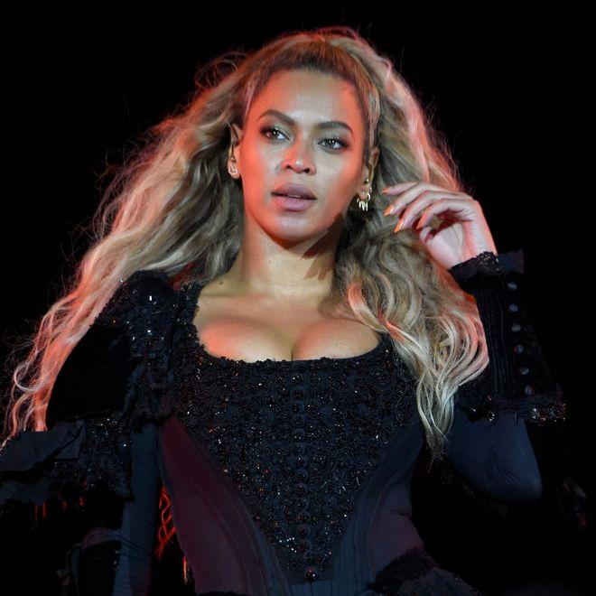 Come sono i capelli delle vip nella realtà: Beyoncé