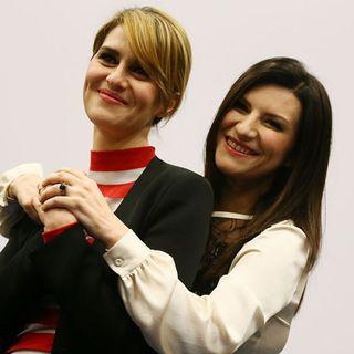 Paola Cortellesi e Laura Pausini