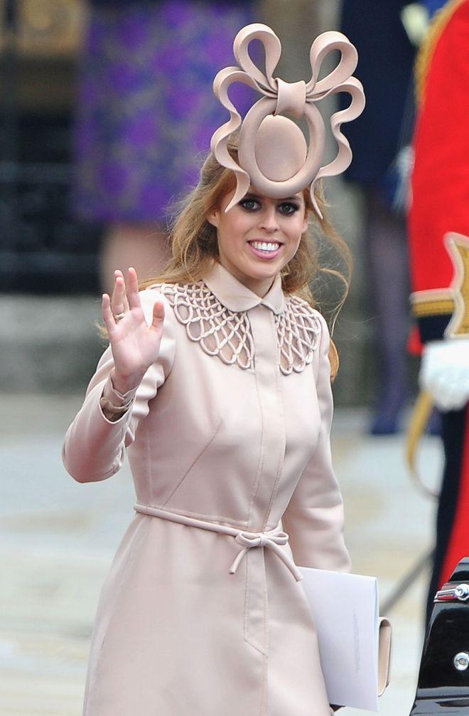 Skandalkleider der Royals: Kontroverse Outfits von Kate und Co.