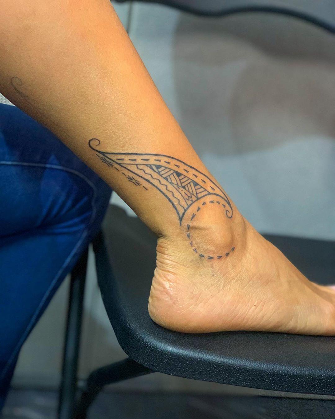Tatouage Polynesien Des Idees De Beaux Tatouages Polynesiens Pour Femme