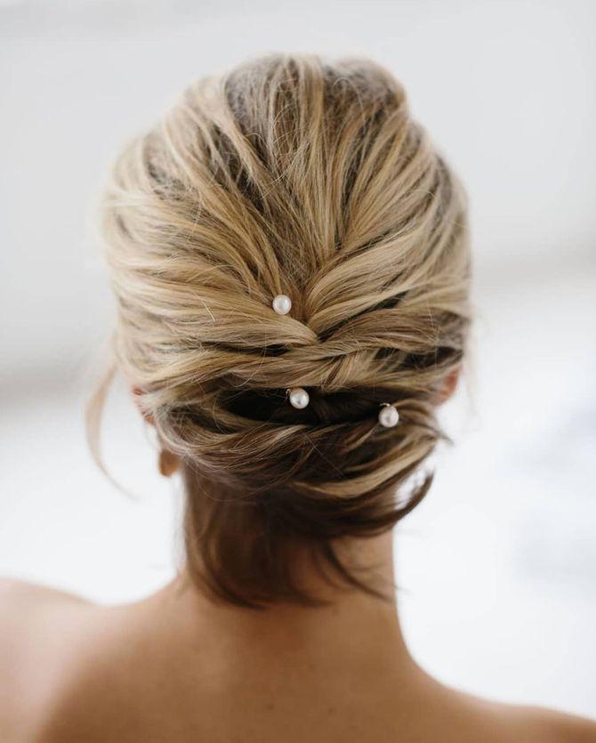 Un chignon de mariée pour cheveux courts