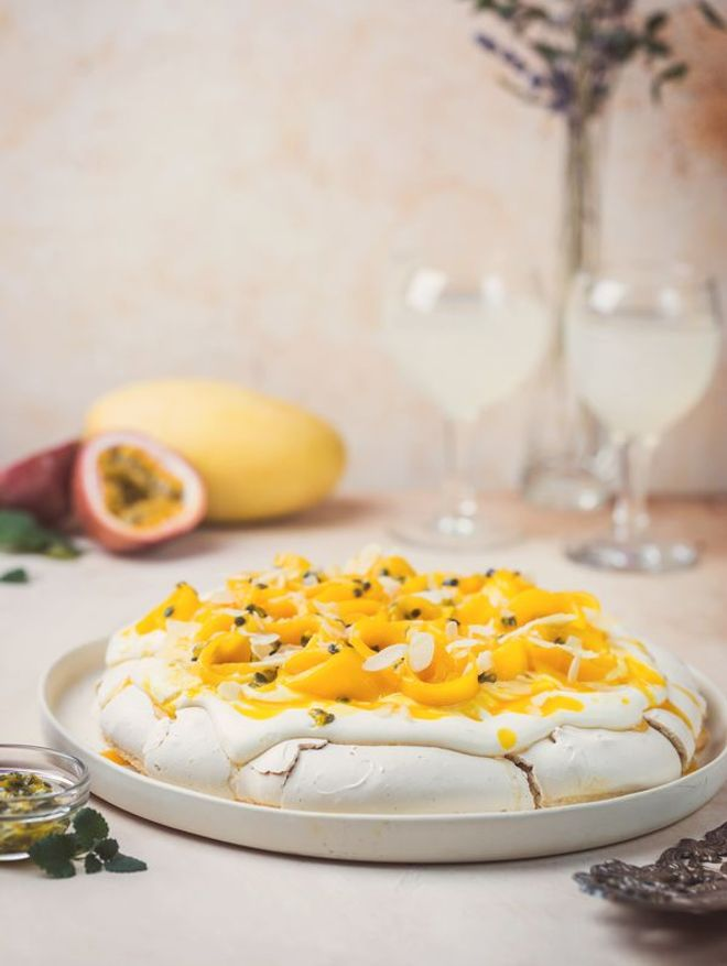 Pavlova de Noël mangue et fruit de la passion