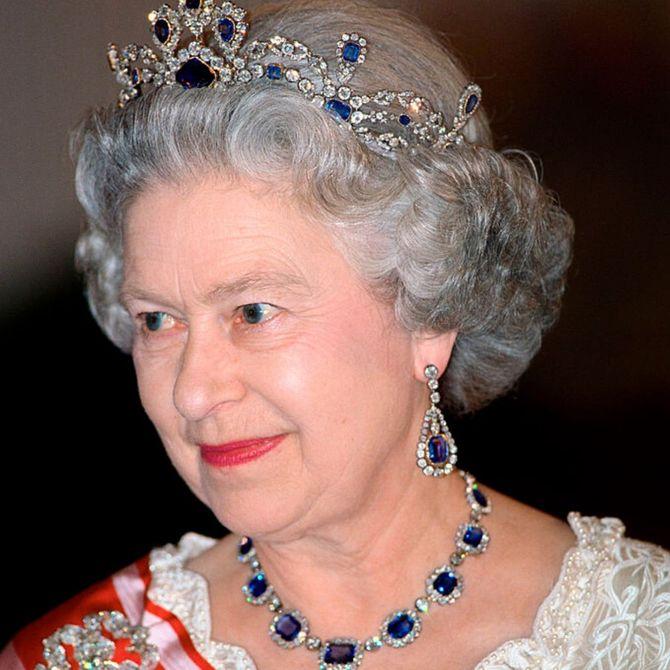 Le tiare e i gioielli più belli della regina Elisabetta II