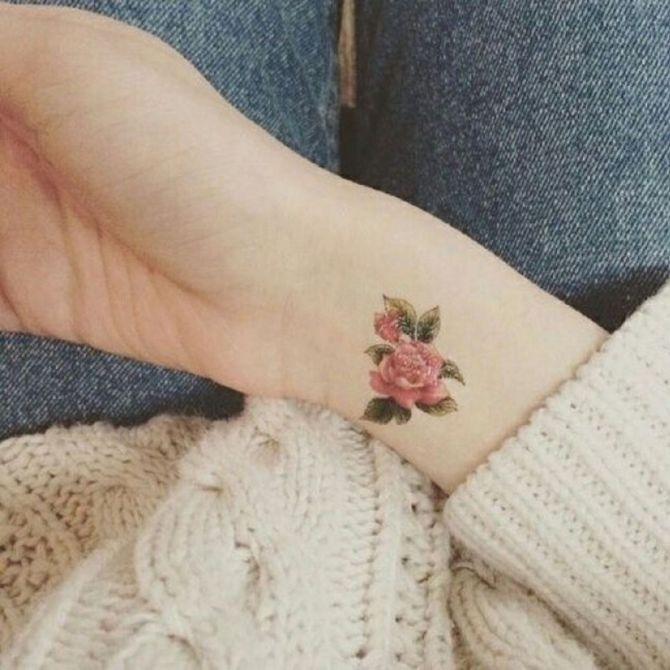 Tatuaggi con fiori: significati e idee a cui ispirarti!