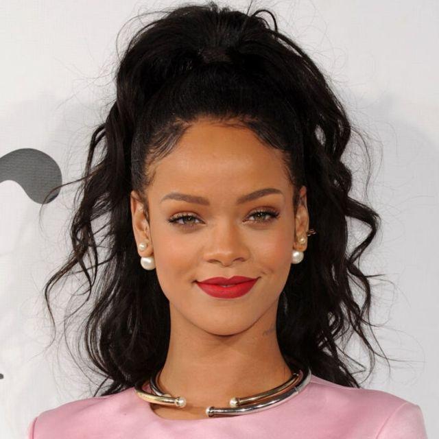 L'incredibile evoluzione dei look di Rihanna