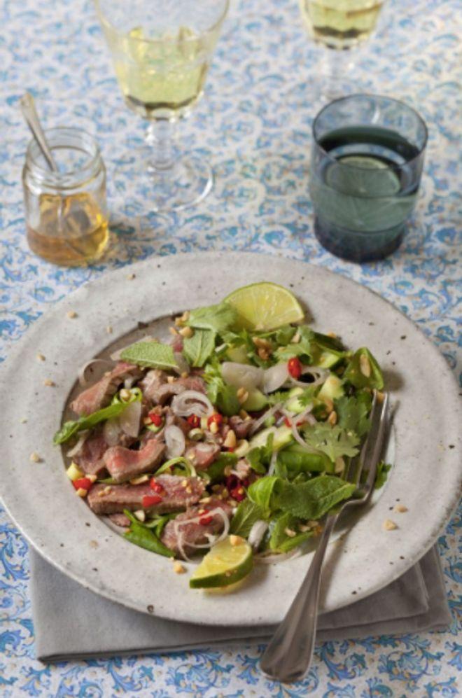Salade de Boeuf Piquante Thaï