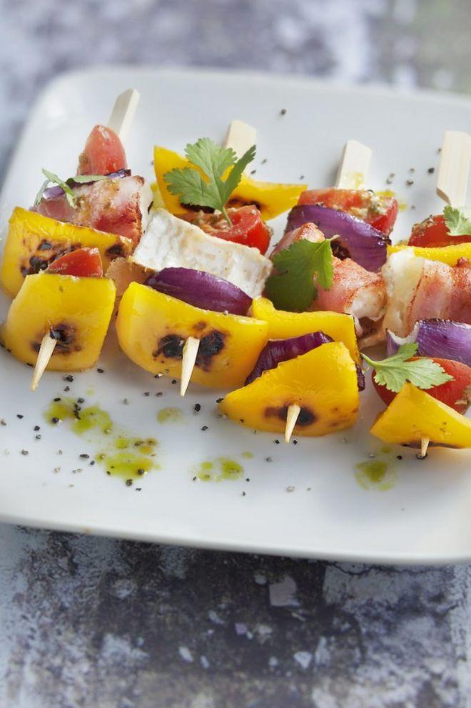 Brochettes picodons et petits légumes
