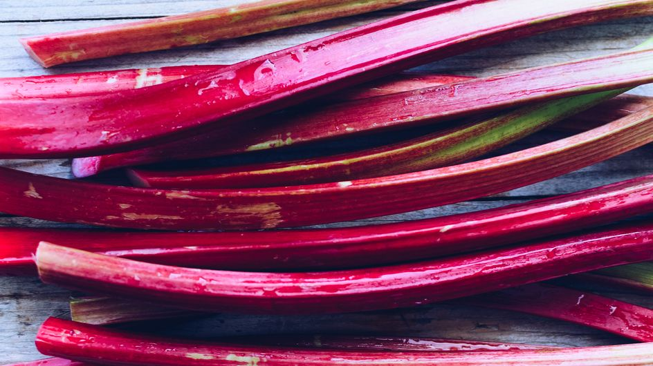 Rhubarbe pochée pas-à-pas