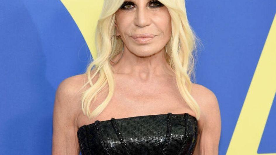 L'evoluzione di Donatella Versace: ecco come la stilista si è trasformata negli anni