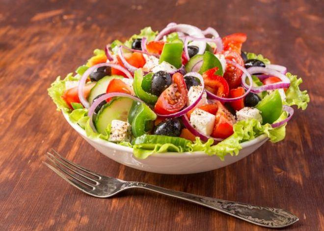 Lundi midi : salade grecque