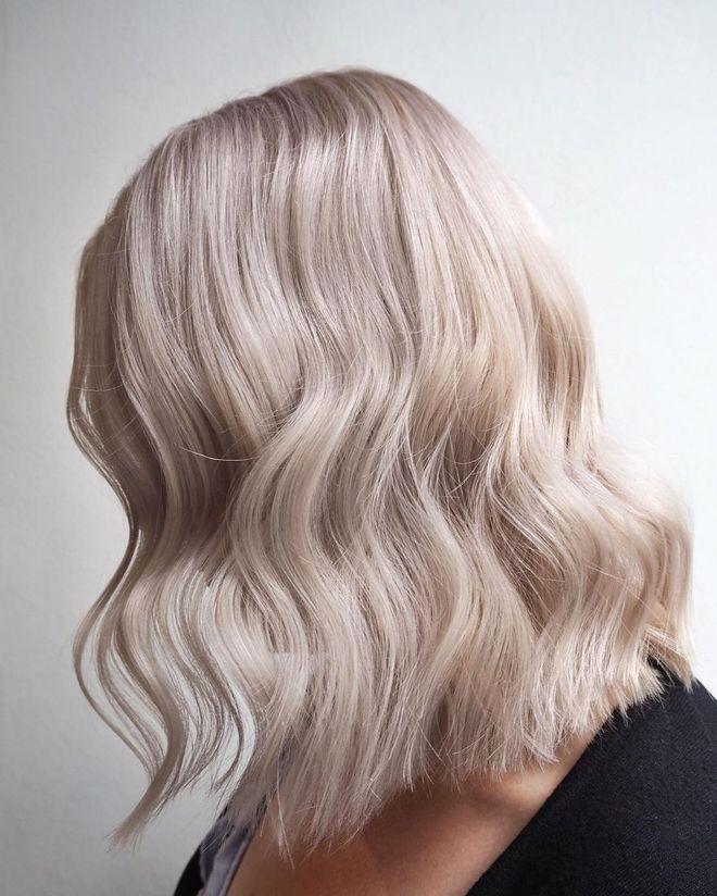 Carré long blond