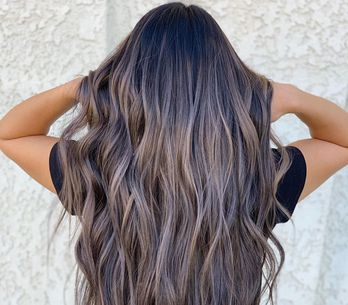 35 idées qui vont vous convaincre de passer au châtain cendré pour illuminer vos cheveux
