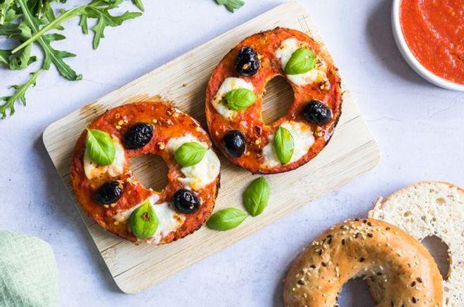 Lundi midi : bagels pizza