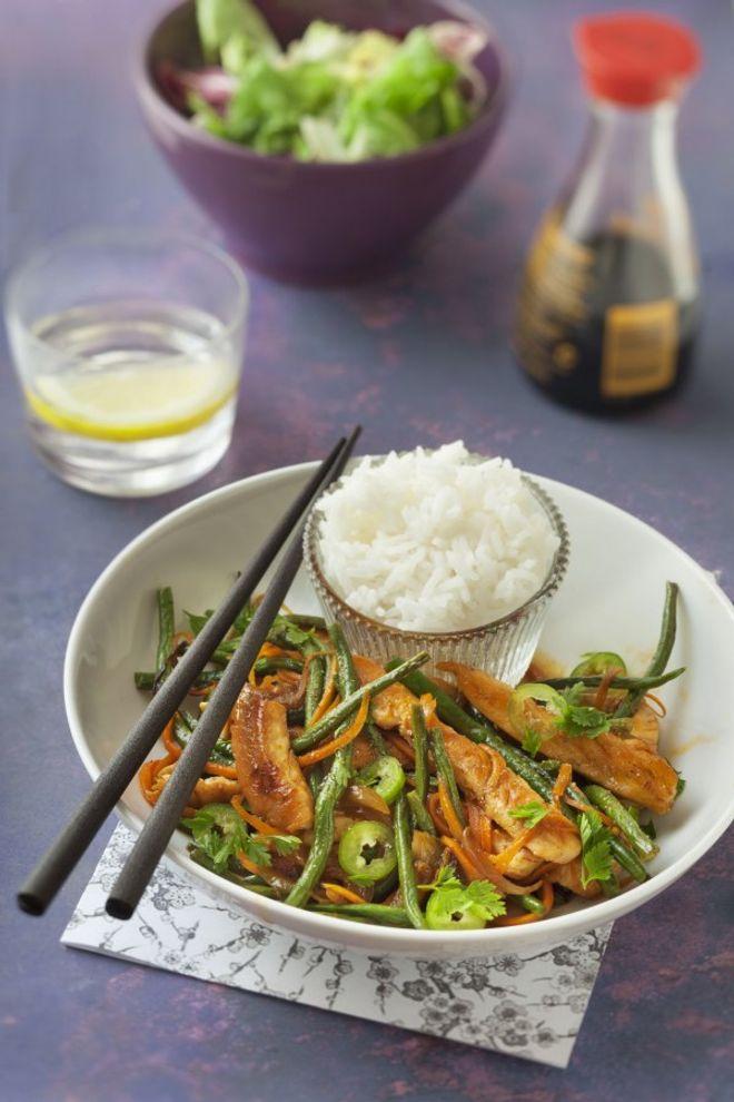 Poêlée de poulet, carottes et haricots verts