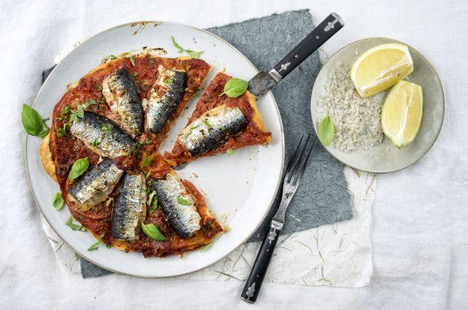 Tarte fine aux filets de sardine