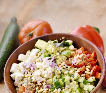 Nos idées de salades composées pour cuisiner la courgette