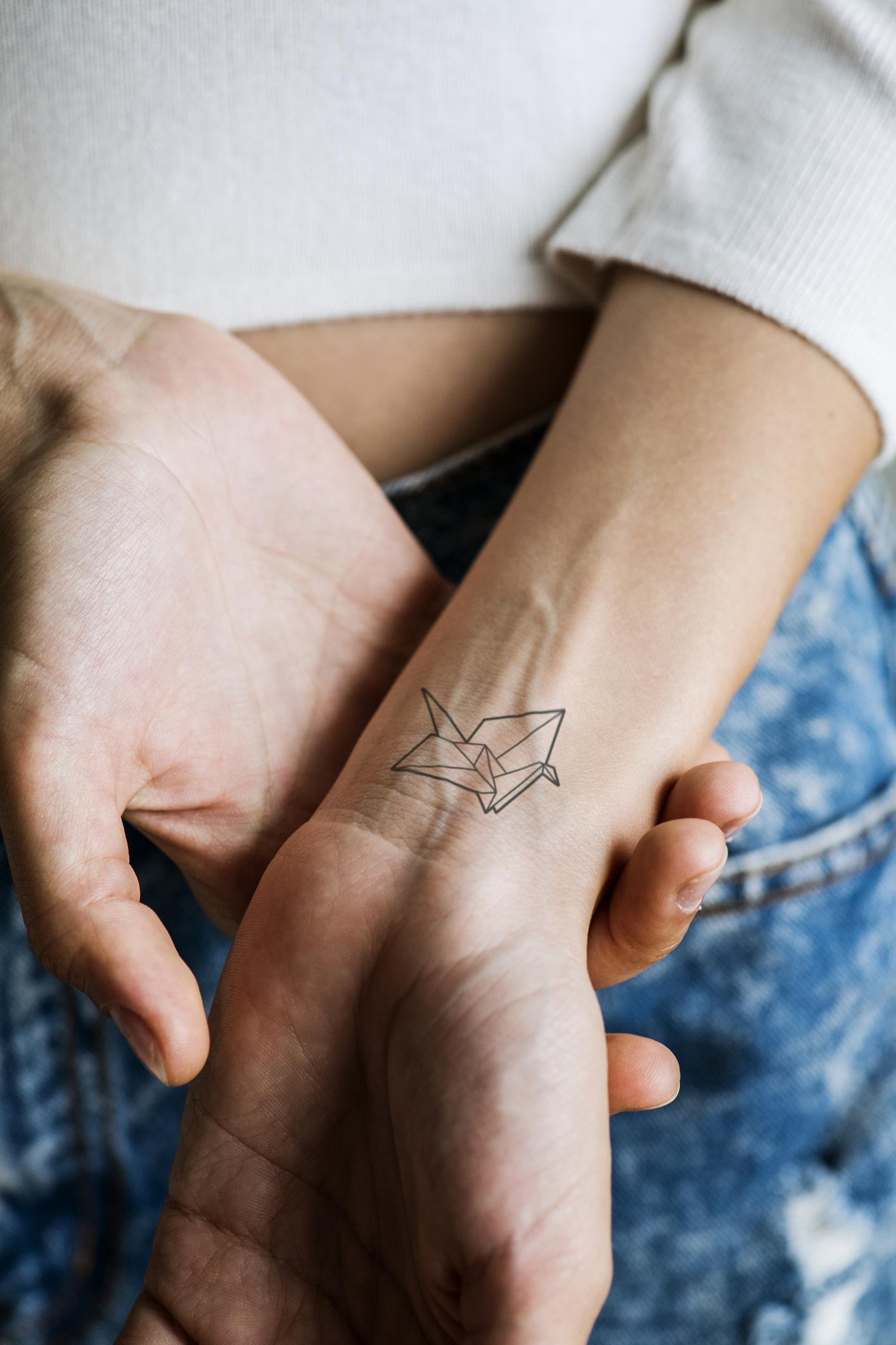 Tattoo mann klein unterarm Tattoo Arm
