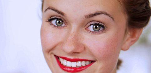 Schön mit Snukieful: Das Red Carpet Make-up von Emma Watson