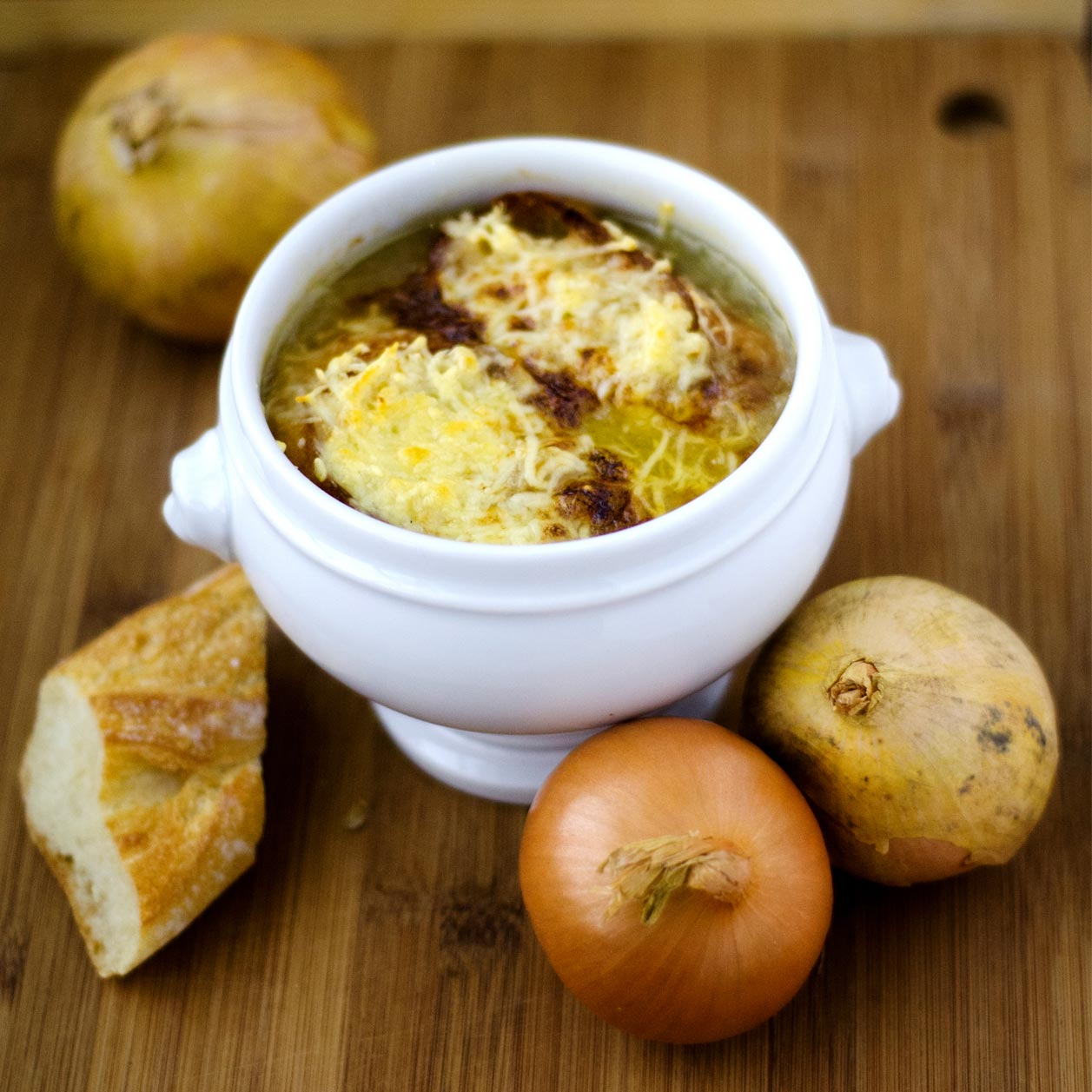 Französische Zwiebelsuppe: Das perfekte Rezept im Herbst
