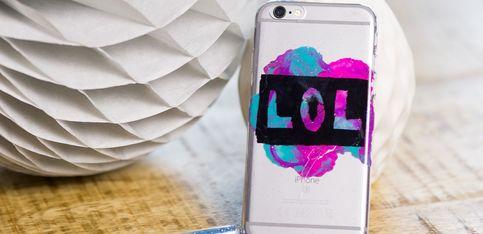 DIY-Handyhülle: Ganz einfach mit Nagellack selbst gemacht!