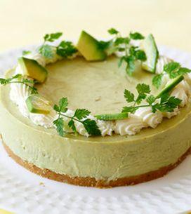 Você já experimentou fazer uma cheesecake de abacate?