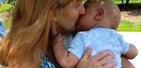 Esto es amor: una mujer adopta y cuida a bebés terminales