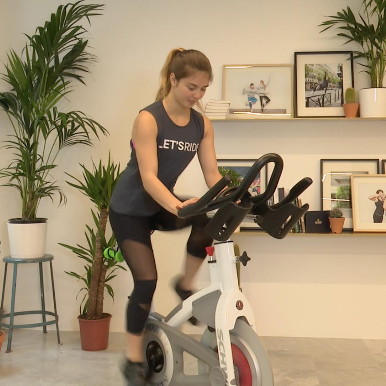 Velo Appartement Pour Enfant 5 exercices de vélo d'appartement pour avoir de superbes jambes