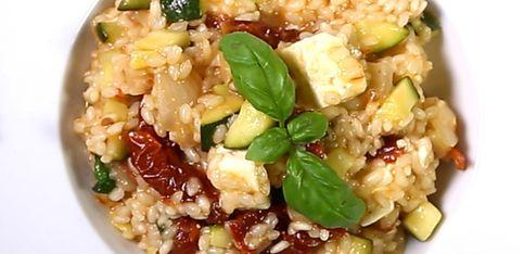 Risotto de verduras con queso, ¡una auténtica delicia!