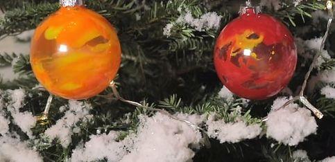 DIY: des boules de Noël à personnaliser