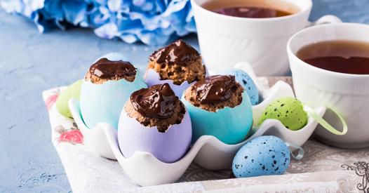 Genialer Trick Fur Ostern Marmorkuchen Versteckt Im Ei