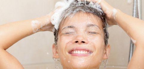 Los errores más comunes a la hora de lavarse el pelo