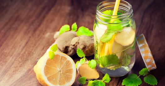 Limo & Smoothie: 3 einfache und gesunde Ingwer-Rezepte