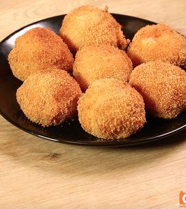 Polpette di pane e mozzarella: una variante golosa alla mozzarella in carrozza!