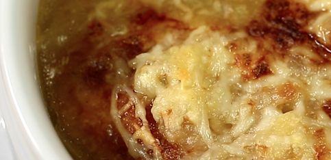 Zuppa di cipolle gratinata!