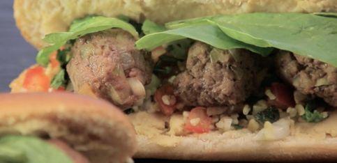 Hot dog mediterraneo!