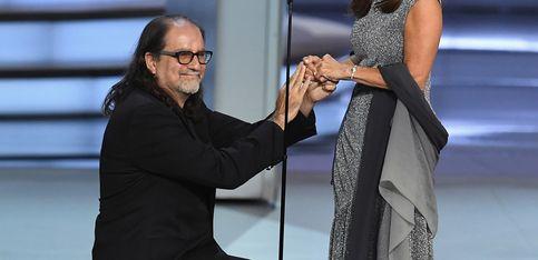 Il demande sa petite amie en mariage aux Emmy Awards