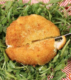 Mozzarella ripiena fritta: la ricetta di un piatto a sorpresa!